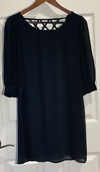 Perfect Cocktail Evening Dress Beautiful overlay 3 4 Length Shear Sleeves. XS $30.00