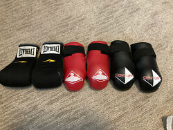 3 Pair Century Red amp; Black Boxing Gloves Size Child Length 8quot; amp;Everlast Child 8quot; $14.99