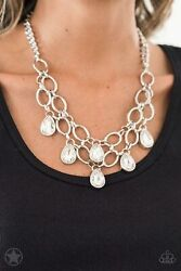 Paparazzi Jewelry Necklace ~Show-Stopping Shimmer - White~ Blockbuster Gorgeous!