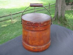 SMALL ANTIQUE WOODEN FIRKIN with BAIL HANDLE  6 12