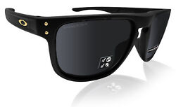 Oakley OO9377 Holbrook R Square Authentic Sunglasses Black Prizm polarized lens $98.98