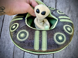 Vintage Folkmanis Alien In A Spaceship Puppet With Tags $50.00