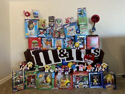 Mamp;M HUGE Vintage Collectibles Lot Animated Cuckoo Clock Ceramic Candy Jars etc $499.99