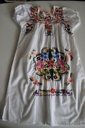 Girls Dress Size 7 8 Made in Mexico White Embroidered Summer Dress $19.98