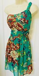 Chesley Size Medium 8 One Shoulder Green Yellow Purple Floral Cocktail Dress $18.95