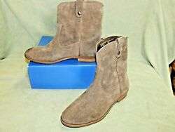 Womens size 6 ½ Bass Cynthia brown suede leather boots shoes pull on $14.99