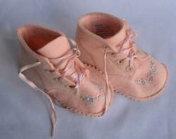 Vintage Wool Baby Deer Shoes Embroidered Infant Pink 1950#x27;s Trimfoot $14.95