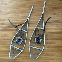 1982 WHITE METAL SNOWSHOES Made in Canada CANADIAN Vintage Antique Military ? $99.00
