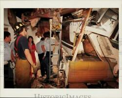 Press Photo Firemen Work to Free Pilot From Helicopter Crash Into Houston Apts. $12.88