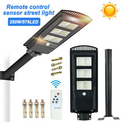 250W Solar 576 LED Street Light Commercial Outdoor IP67 Area Security Road Lamp
