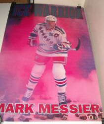 ROLLED 1992 NHL NY RANGERS MARK MESSIER PINUP POSTER 22 x 34 NATHANIEL BUTLER PH