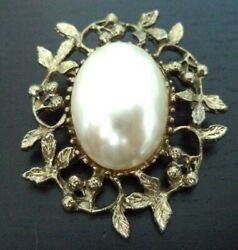 STUNNING VINTAGE ESTATE PEARLY GOLD TONE FLOWER 1 34