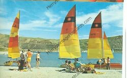 CALIFORNIA CASTAIC LAKE  BEACH SCENE SAIL BOATS VINTAGE (CA-C MISC)