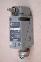 Allen Bradley Oil Tight Limit Switch 802T AP Series H $75.00