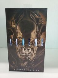 NECA ALIENS Ultimate Edition Action Figure - Brown Alien~SEALED~NEW $34.00