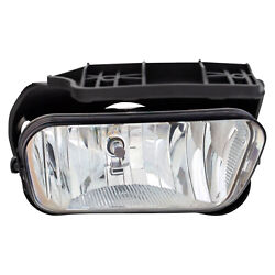 Fog Light Right Passenger Fits From Chevy Silverado 1 2004 to 2007 $27.49