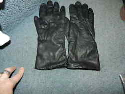 VINTAGE Bloomingdales Black LEATHER Driving Gloves Womens SZ 8.5 CASHMERE K2 $15.00