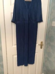 "Fantastic Ladies Size 18 Pleated Blue Print Maxi Dress Length 54"" GBP 4.99"