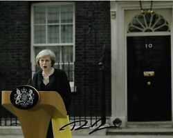 THERESA MAY FORMER BRITISH PRIME MINSTER GENUINE HAND SIGNED PHOTOGRAPH GBP 19.99