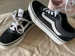 VANS OFF THE WALL GIRLS TENNIS SHOES SIZE 12 BLACK WHITE ATHLETIC Toddler $22.00