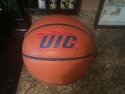 Official Sterling Statu NCAA UIC Flames Game Ball Spalding Basketball Men's 29.5 $99.95