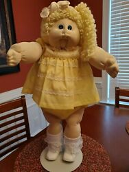 soft sculptured cabbage patch doll vintage with RARE SIDE PONYTAIL $95.00
