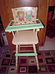 Antique Spindle Wood Baby High Chair 29