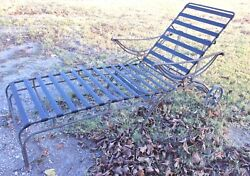 mid-century modern retro Vintage metal chair lawn patio chaise lounge furniture