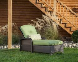 Outdoor Lounge Chair Wicker Patio Furniture Lawnchair Pool Chaise Deck Lawn Palm