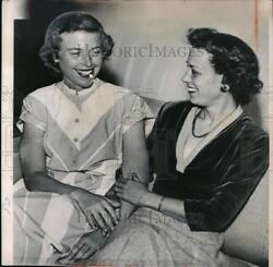 1949 Press Photo Helen Louise Gable Smiles When She Received Word Her