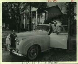 1983 Press Photo Exotic car collector Don Davies with his 1960 Rolls Royce