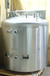 Mueller sanitary process tank 250 gallon jacketed