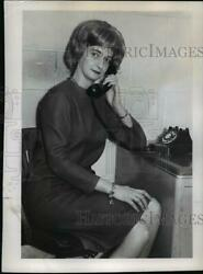 1967 Press Photo Mrs.Jack L. Stevens as She Makes Telephone Call to Subscribers