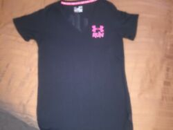 Under Armour Semi Fitted V She's A Fighter Breast Cancer shirt Heat Gear medium