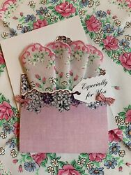 Lovely Mailable Handkerchief Gift Folio New Pretty Floral Hankie amp; Message Card $11.95