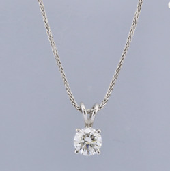 1.02 Carat GVS1 18ct White Gold Diamond Pendant Necklace