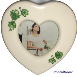 The Weston Gallery Picture Heart Shaped Porcelain Ivy Mini Frame 3.5'' X 3.5'' $3.99