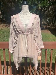 Taylor amp; Sage Boho Pink Floral Small Laced top $13.99