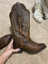 ariat womens boots size 8 $50.00