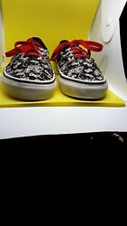 Vans Off The Wall Girls Youth kid Size 4.0 Hello Kitty Lace Up Low Sneaker Shoes $24.95