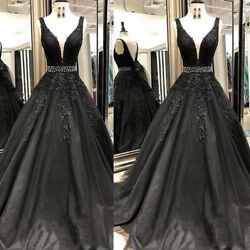 Vintage Black Gothic Wedding Dresses V Neck Beaded Lace Appliques Bridal Gown