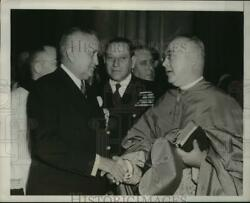 1949 Press Photo President Eurico Dutra welcomed by Francis Cardinal Spellman $19.99