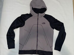 The North Face mens hooded jacket size M $19.99