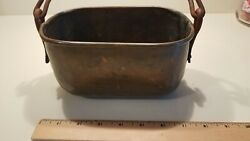 VINTAGE ANTIQUE SMALL HAND HAMMERED COPPER TUB WITH IRON HANDLE 7LX4HX 4.25quot;W $22.99