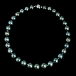 Diamond and Tahitian Pearl Choker 18k White Gold Necklace