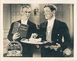 Scene From 1935 Movie Two Fisted Butler Etiquette Press Photo