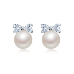 10mm Sterling Silver Cubic Zirconia Shell Pearl Women Girl Stud Earrings Box A4