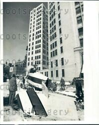 1980 Wire Photo Midwest Helicopter Airways Helicopter Crash Chicago IL $20.00