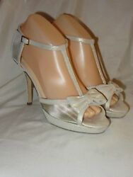 KATE SPADE NEW YORK CHAMPAGNE SHIMMER T-STRAP W BOW HEELS SANDALS~8