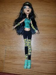 Monster High Cleo de Nile daughter of the mummy 2010